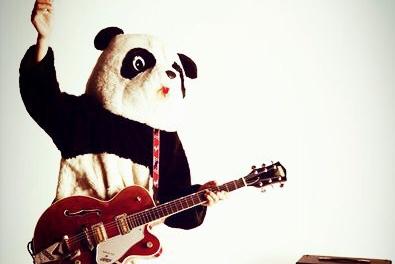 こちらこそイェーイ!『ギターパンダ』